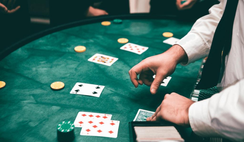 カジノゲームのテーブル風景